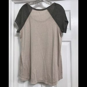 Maurices Tops - Maurice's Woman's Burn Out Top Size 0 (XL)